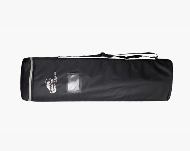 De Roll Up Classic wordt vervoerd in een draagtas met schouderband.