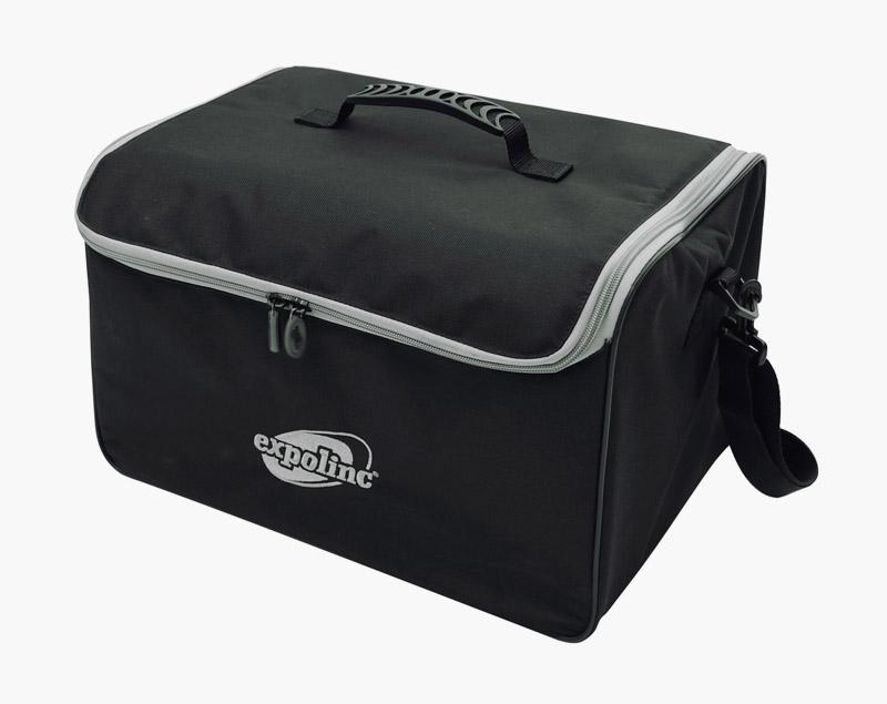 Naast een draagbare tas is de Brochure Stand Double ook verkrijgbaar met een harde koffer op wielen.
