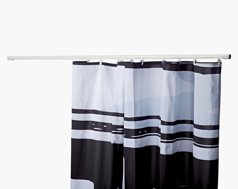 Plaats eenvoudig een Gordijn met klittenband of ophangklemmen om een opbergruimte te creëeren.